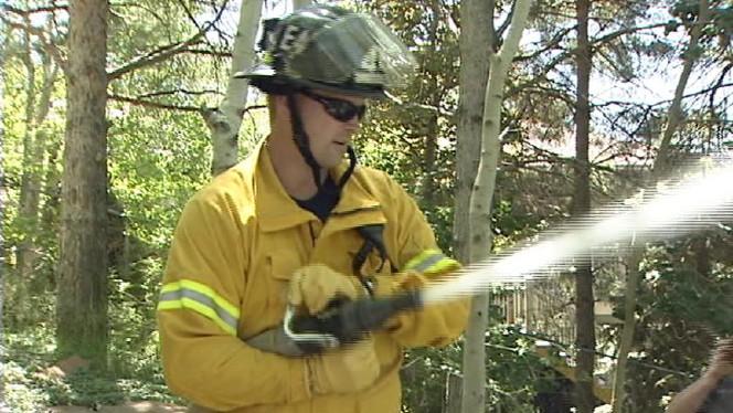 Firefighters train for battling western blazes | ksl.com