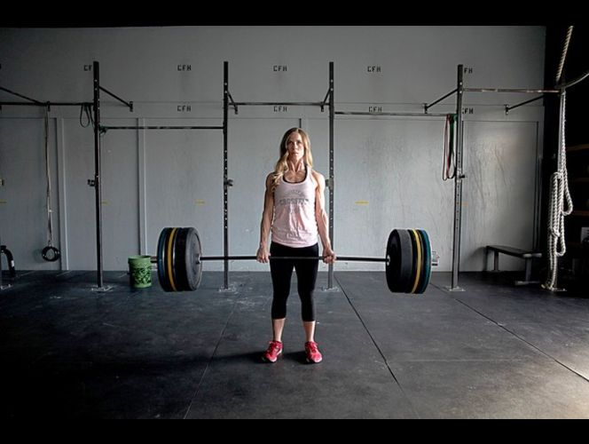 Mother of six is a weight-lifting and fitness champ