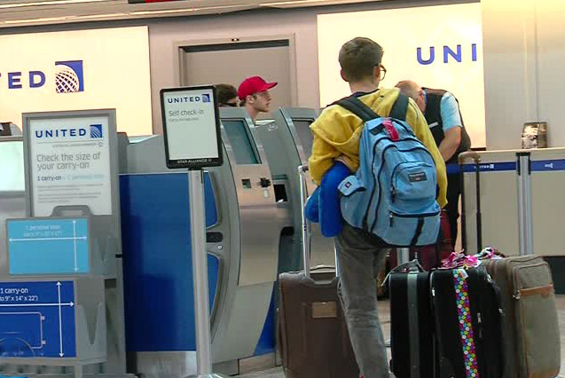 Some Airlines Down On Oversize Carry Luggage