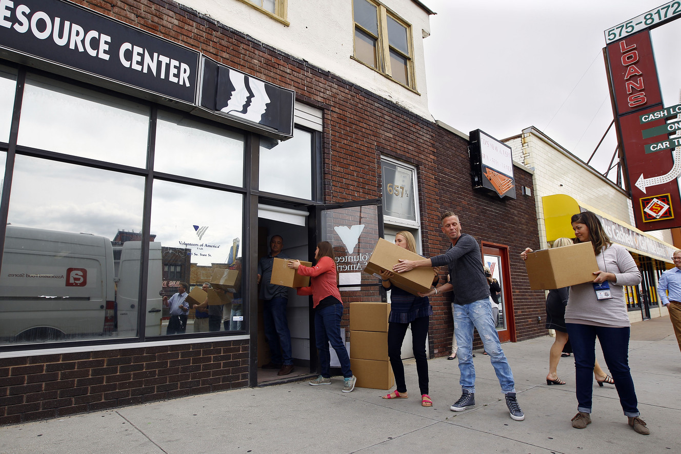 Associated Food Stores donate 750 hygiene kits to homeless youth