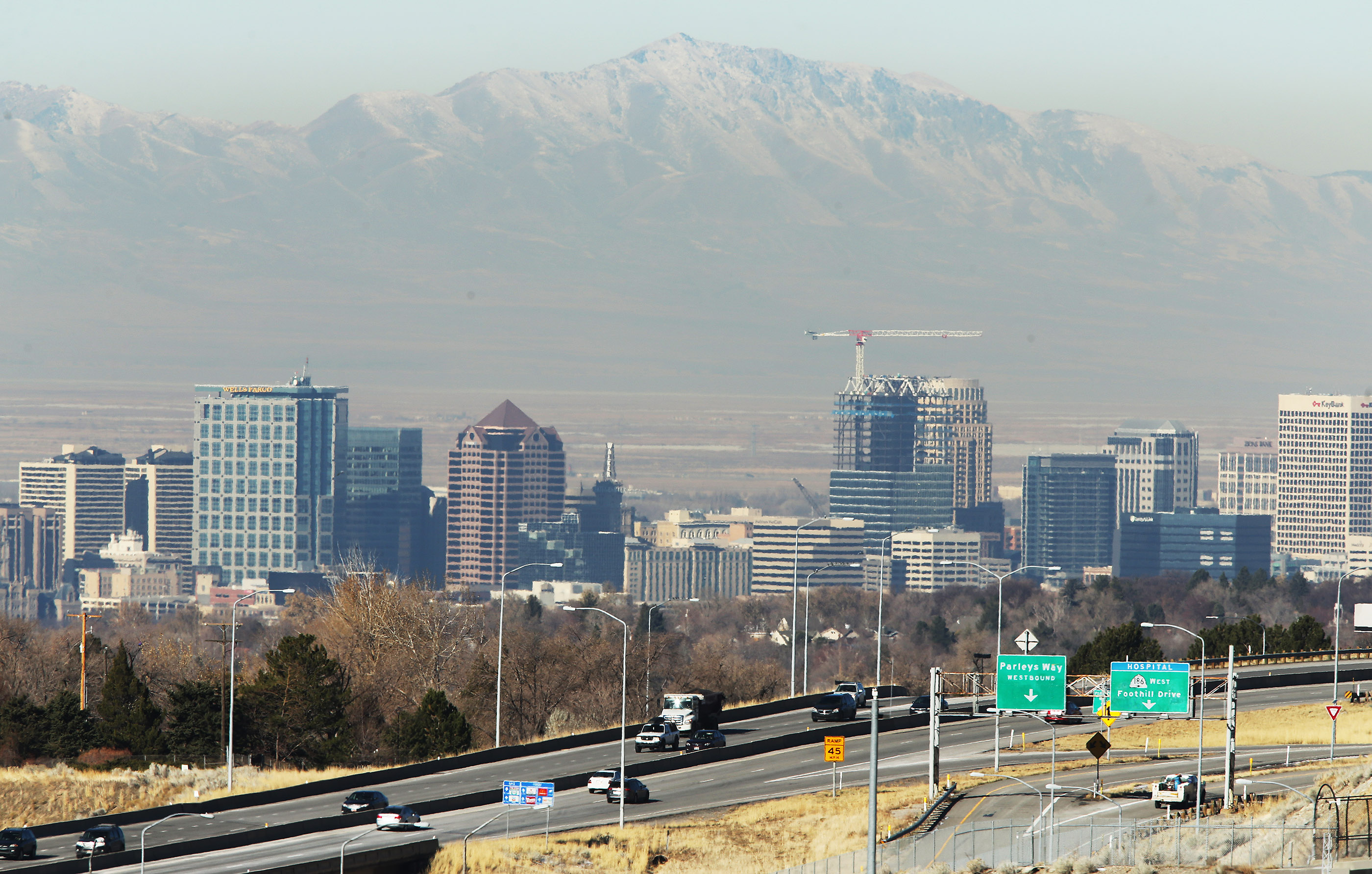 UDOT plans closures for I-215 project