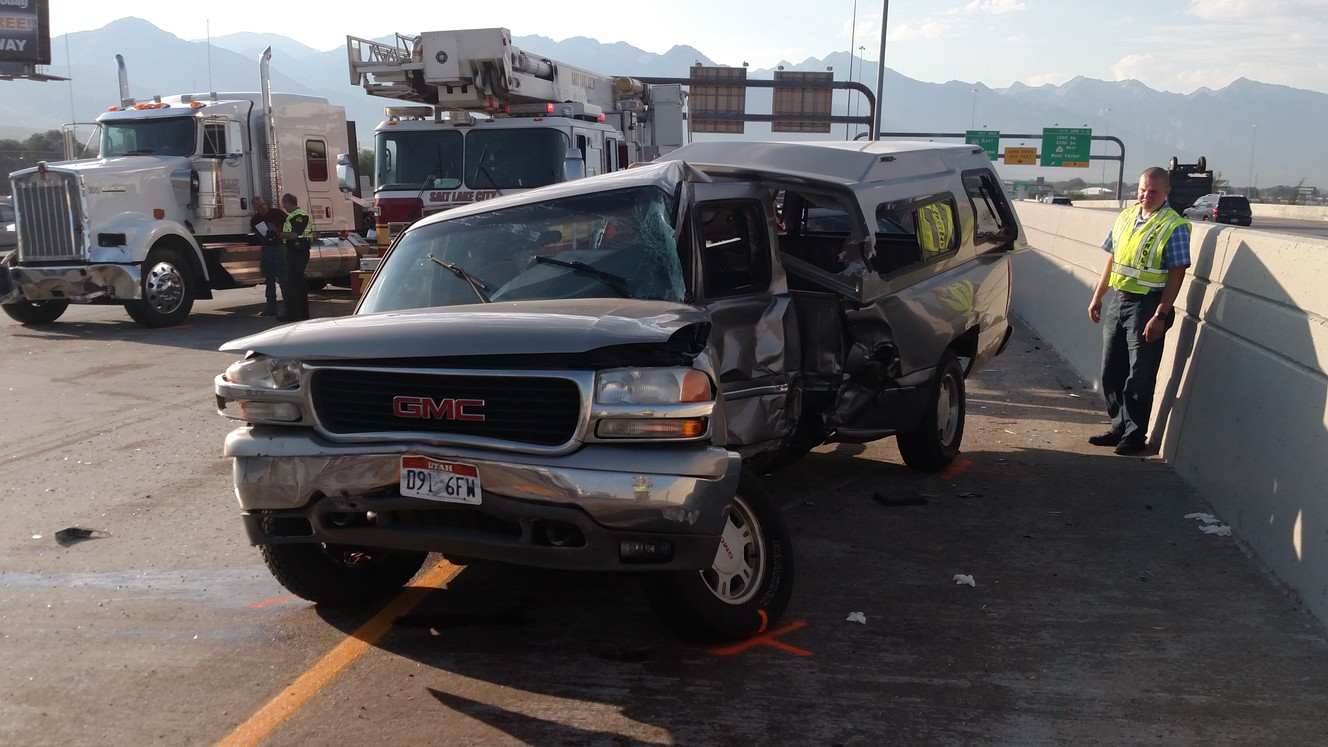 Driver loses control, dies after braking for backed-up traffic on I-15