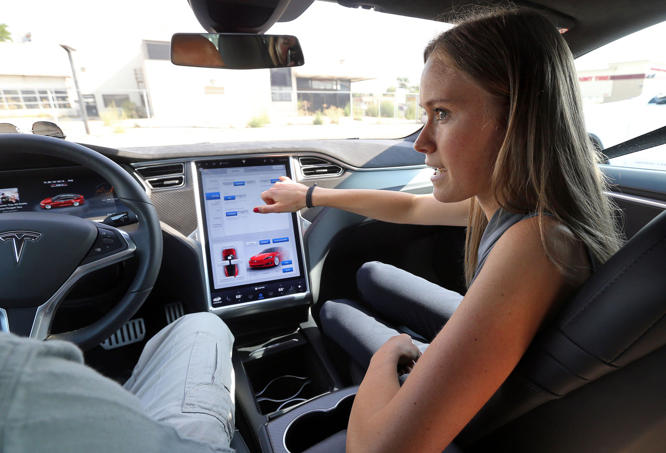 Utahns to help Tesla celebrate 2 billion electric miles driven