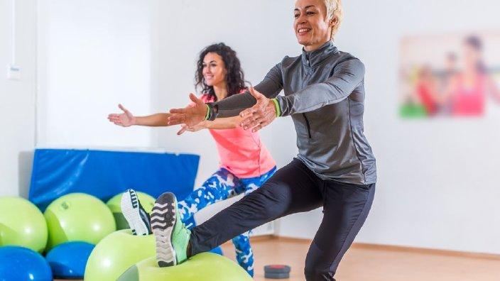 squatsingleleg.jpg