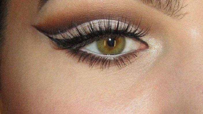 cut_crease_eye_makeup.jpg