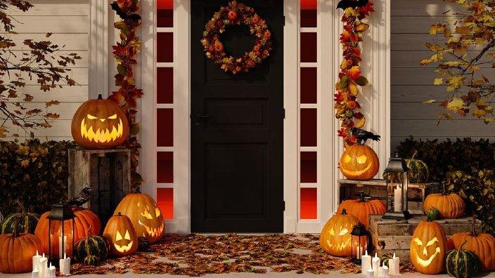 halloweenporchweb.jpg