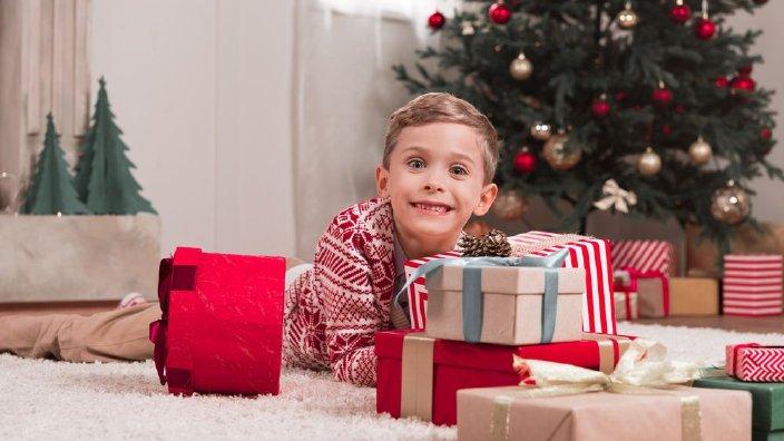 christmaspresentboy.jpg