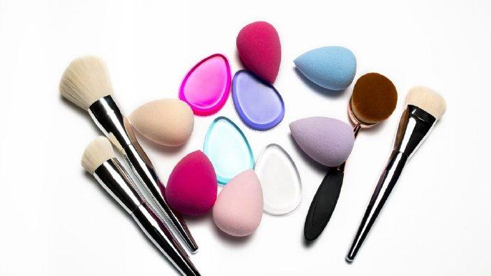 makeuptools.jpg
