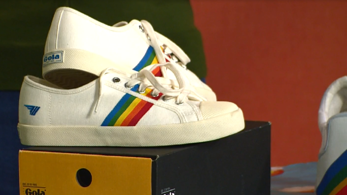 rainbowshoes.PNG