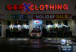 GEN X Clothing Locations, Hours of