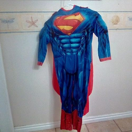 Size M or 7/8 Superman costume for sale in Plain City , UT