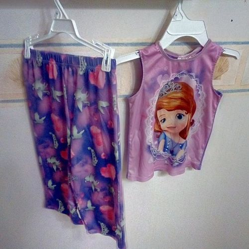Size 6 pajamas for sale in Plain City , UT