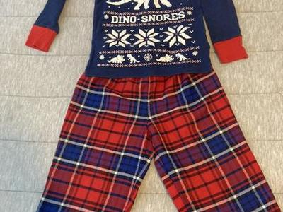 Baby Gap Winter Jammies 2T