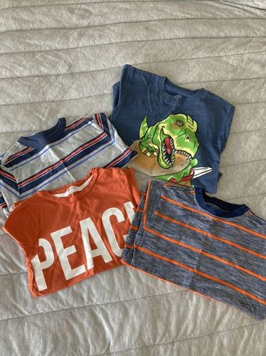 Group Of T-shirts Size Small 6/7 for sale in Farmington , UT
