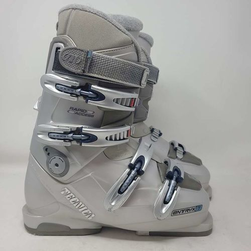 Womens Ski Boots Size 8 Tecnica Entryx 7 Grey for sale in Riverton , UT