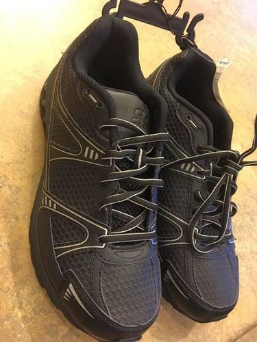 Boys 7 1/2 W Tennis Shoes - NEW * PHENOMENAL! for sale in Riverton , UT