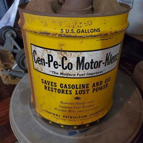 Gas ^ oil can for sale in Sandy , UT