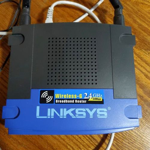 Linksys wireless router for sale in Riverdale , UT