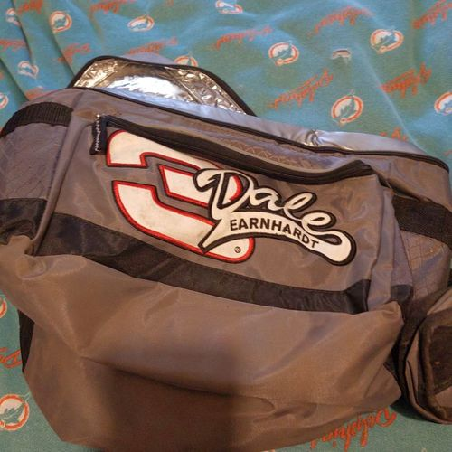 Dale Earnhardt insulated lunch bag for sale in Riverdale , UT