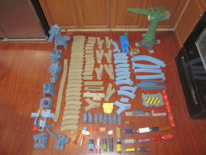 Thomas and Friends Trackmaster Lot, Multiple Sets and Trains for sale in American Fork , UT