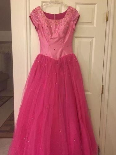 * Beautiful prom Dress * for sale in West Jordan , UT