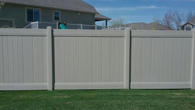 SOD VINYL FENCE PACKAGE DEAL for sale in Malad City , ID