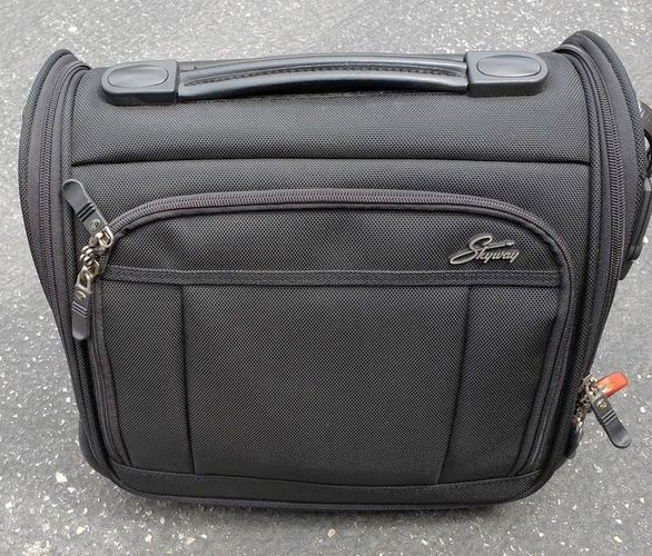 Skyway Carry-on Bag for sale in Centerville , UT