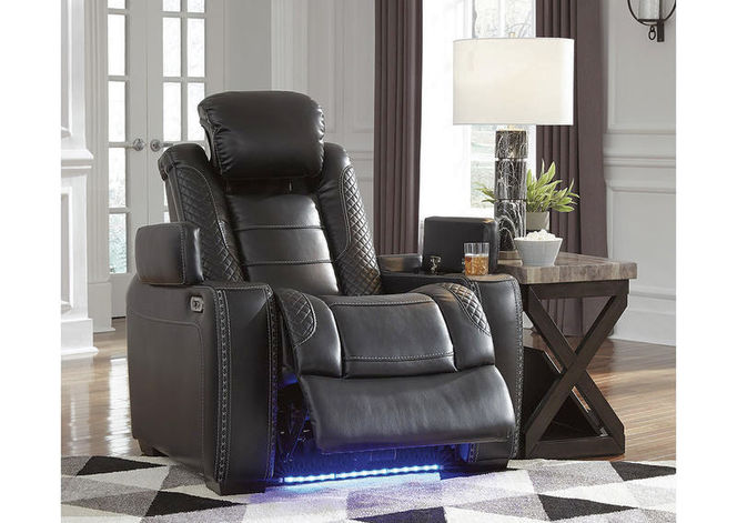 370* Party Time Recliner for sale in Midvale , UT