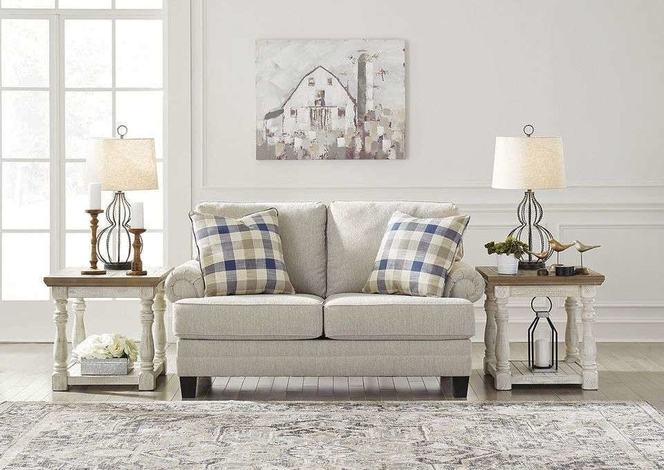195 Cottage Chic Loveseat for sale in Midvale , UT