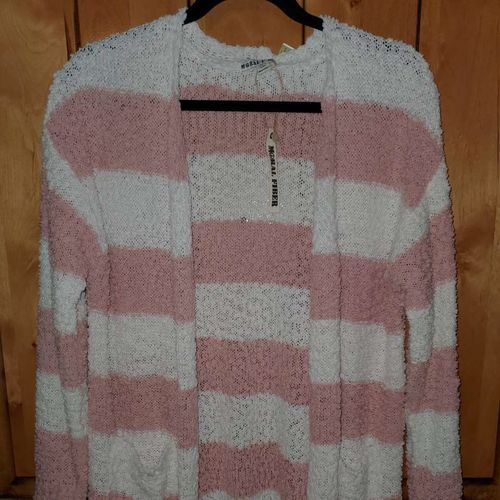 Nwt Womens Cardigan XL for sale in Saratoga Springs , UT