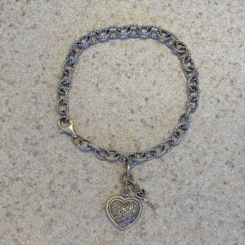 Heart Bracelet With Diamond Chips for sale in Murray , UT