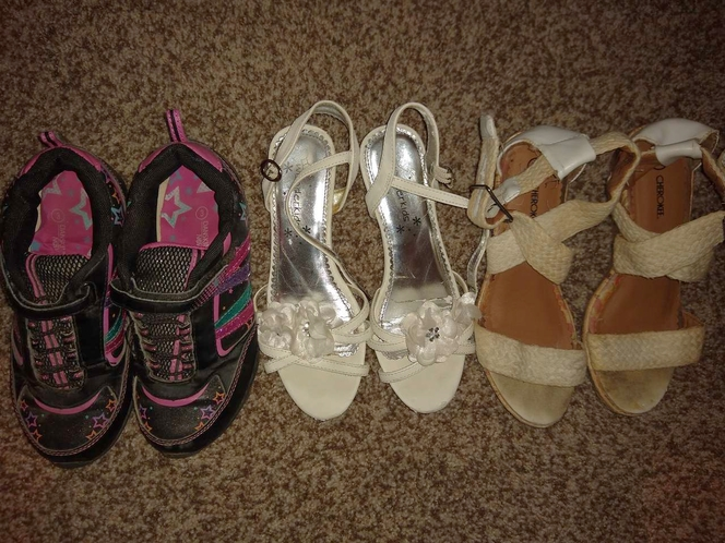 3 pair of girls shoes size 3 for sale in Sandy , UT