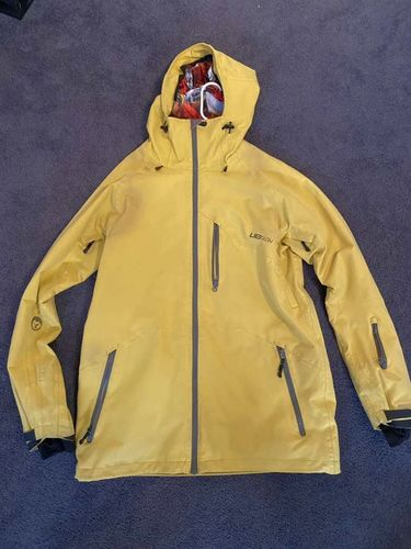 Lib Shell Shell Jacket: Size Large  for sale in Salt Lake City , UT