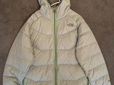 The North Face Down Puffy Jacket: Size Large
