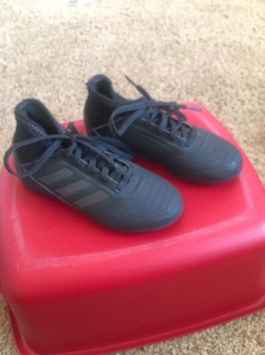 Adidas Indoor Boys Soccer Shoes Size 12 for sale in Kaysville , UT