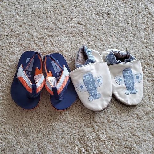 Robeez and flip flops size 3-4 for sale in Bountiful , UT