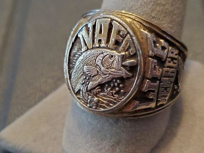 Mens ring for sale in Syracuse , UT