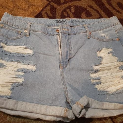 Women's Size 16 Shorts For Sale! for sale in Ogden , UT