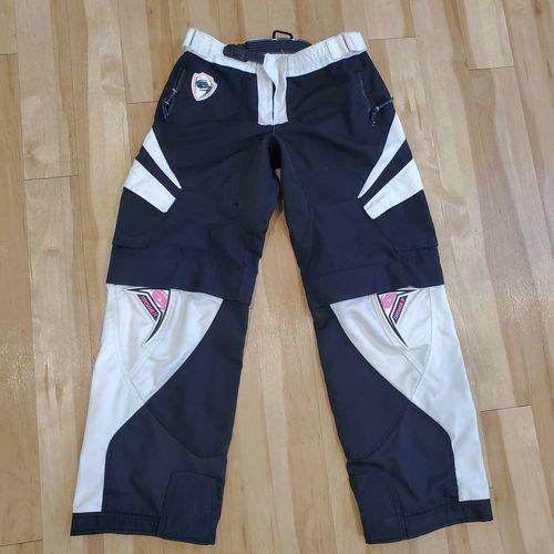 Womens Motocross Pants Shorts Size 12 Zip off legs for sale in Riverton , UT