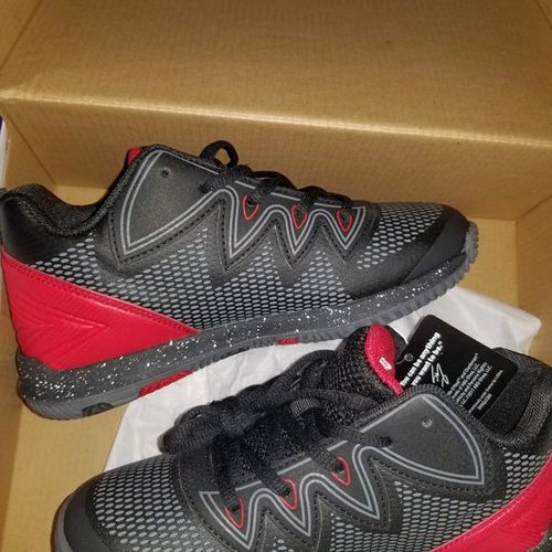 Size 3 shaq shoes NEW IN BOX for sale in Roy , UT