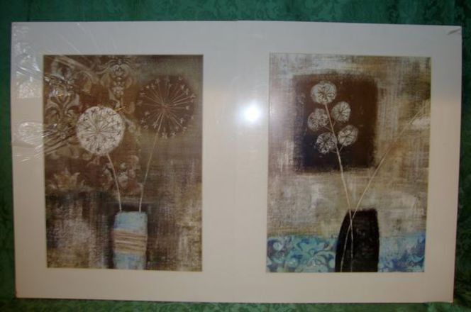 2 Matted Modern Art Vase With Flowers Wall Decor for sale in Taylorsville , UT