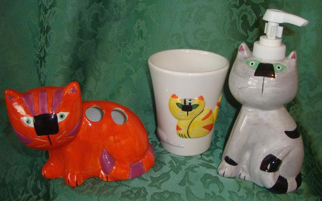 Bathroom Cats- Cup, Toothbrush & Lotion Holder Set for sale in Taylorsville , UT