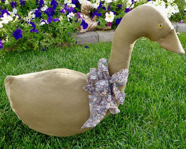 Vintage Stuffed Fabric Tan Corduroy Cloth Goose / Duck For Fun Decor for sale in Taylorsville , UT