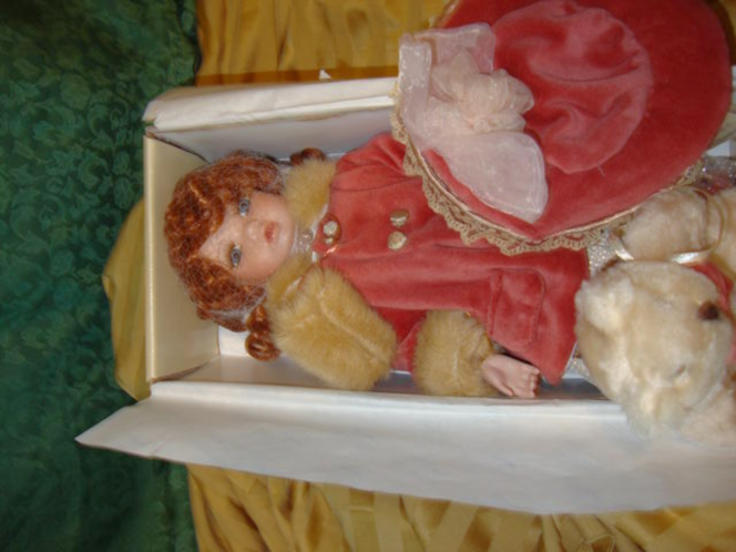 Maud Humphrey Porcelain Collector Seymour Mann Doll & Bear In New Condition Inspired By Her Victorian Art Illustrations for sale in Taylorsville , UT