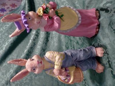 Set Of 2 Easter Bunny Rabbits 4 Fun Decor