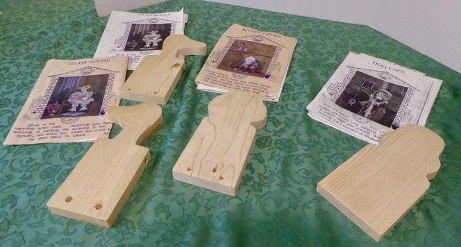 Several Wooden Animal Doll Shapes & Patterns To Make A Goose, Dog & Cat With Fabric Clothes for sale in Taylorsville , UT