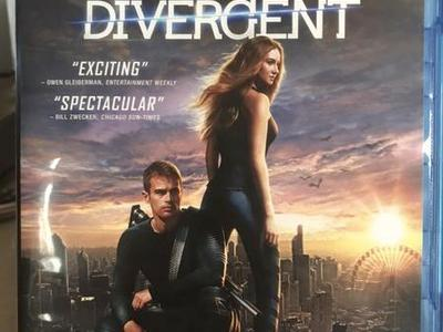Divergent (1st movie In the series)