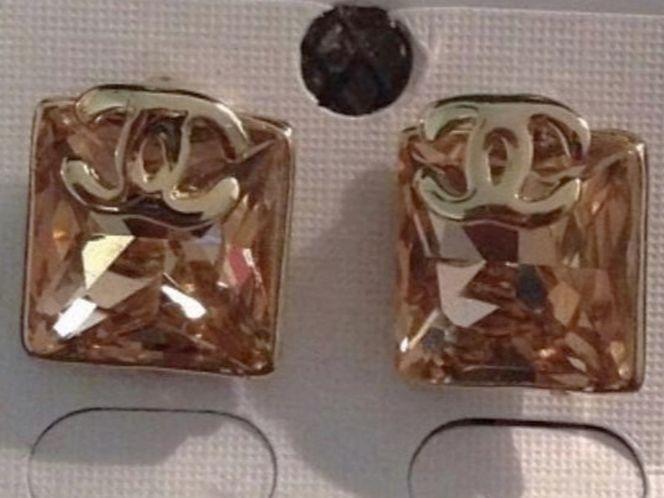 New Chanel Earrings cc for sale in West Jordan , UT