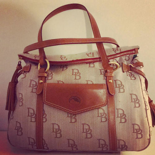 Large Dooney & Bourke Florentine satchel like new for sale in West Jordan , UT