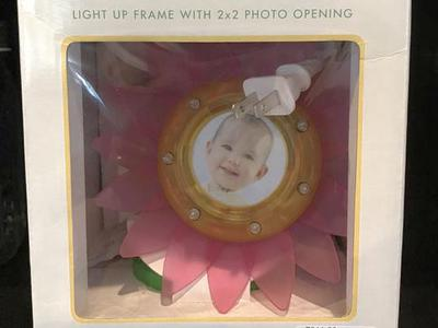 Kelli Lites Light Up Frame With 2x2 Photo Opening